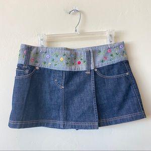 D&G Dolce & Gabbana Mini Denim Floral Snap Skirt